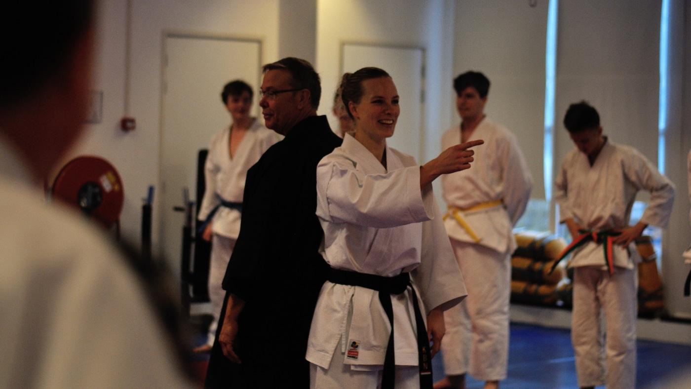 jiu-jitsu demonstratie van Shihan en sensei Kitty in Alkmaar